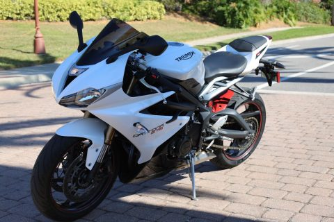 "2016 Triumph Daytona – ""show room"" condition for sale"