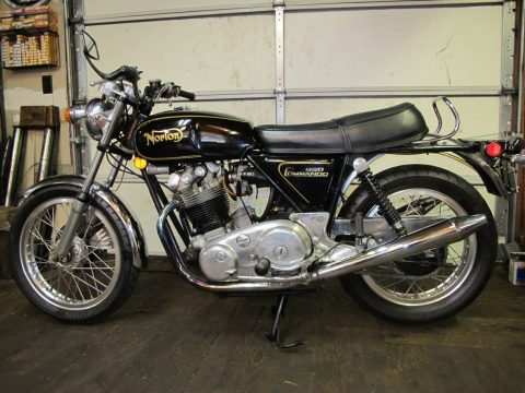 1973 Norton Commando 850 with all the Necessary mods to make it perfect for sale